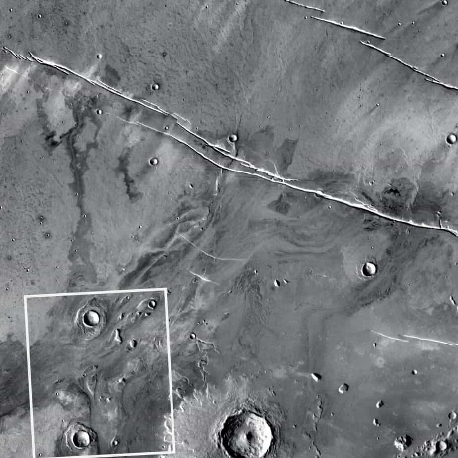 Une vallée de débâcle martienne